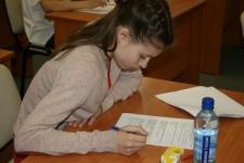 Тесты в 9 классах. Ирина Белова г. Тверь, победитель в личном первенстве.