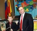 В.Н.Песенко с победителем И.Костровым...